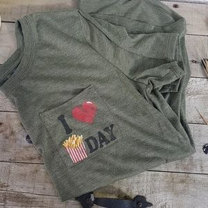 Tops - I ❤ Fries Day green tshirt